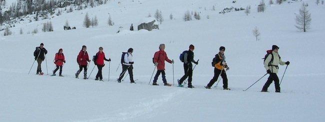 snowshoe dolomites, snowshoes in dolomites, snowshoeing dolomites, snowshoeing trek, snowshoes trekking, snowshoe hikes, snowshoe walks, snowshoe alps, snowshoeing alps, snowshoe italy, snowshoeing italy